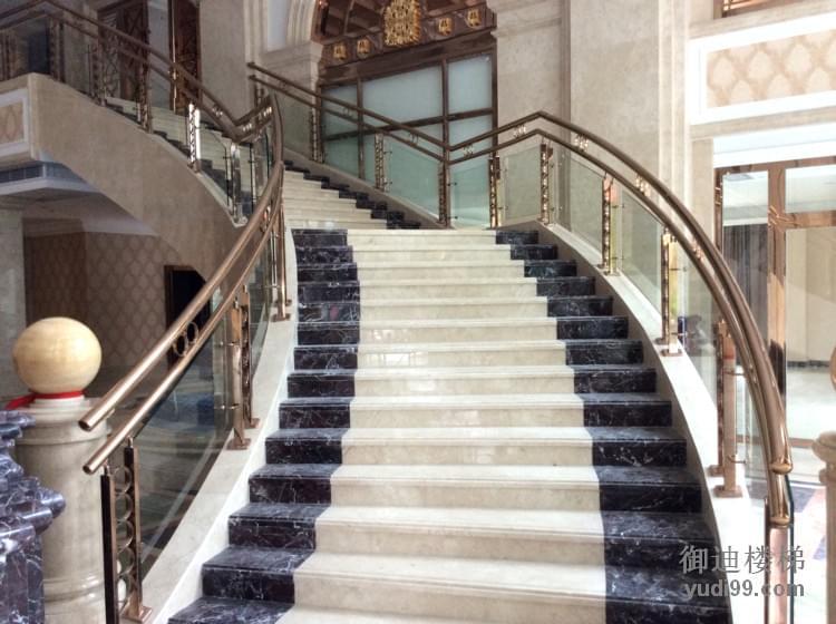 酒店大理石玻璃护栏弧形楼梯案例