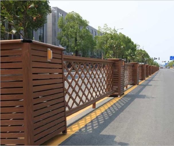 马路中间的花坛式护栏