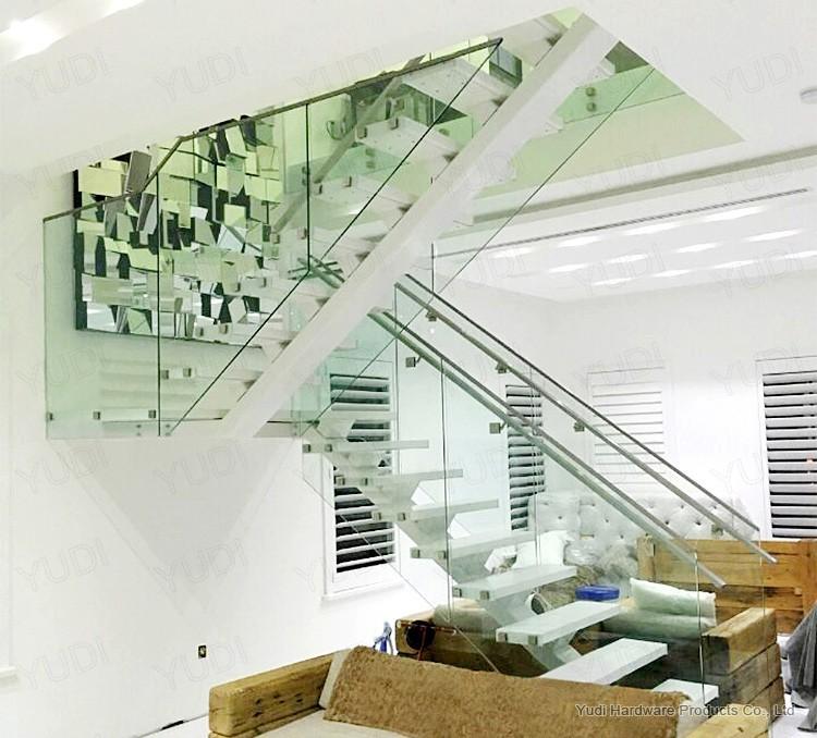 玻璃护栏直梁楼梯工程案例