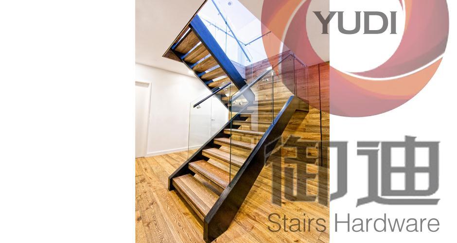 实木踏板不锈钢直楼梯