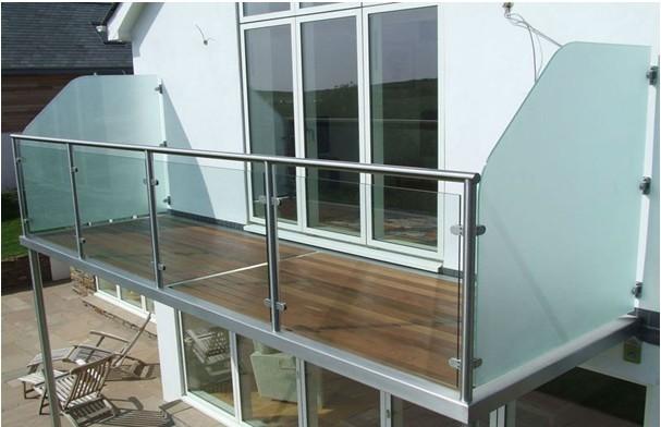 室外阳台不锈钢玻璃护栏YD-TYHL402