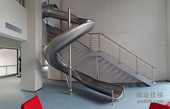御迪楼梯   定制不锈钢旋转滑梯   生产   铝合金楼梯