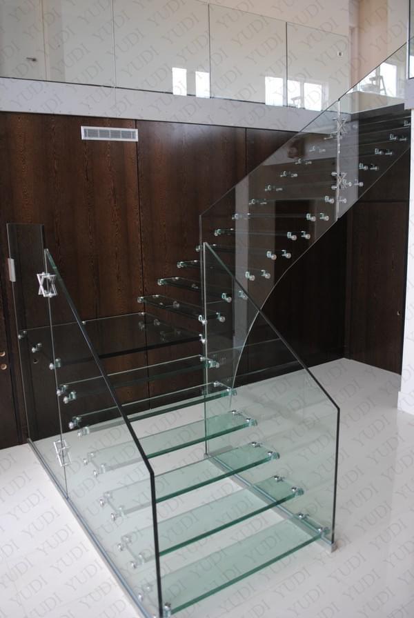 全玻璃悬浮楼梯 佛山悬浮楼梯  厂家 广东楼梯专业定制 悬浮楼梯