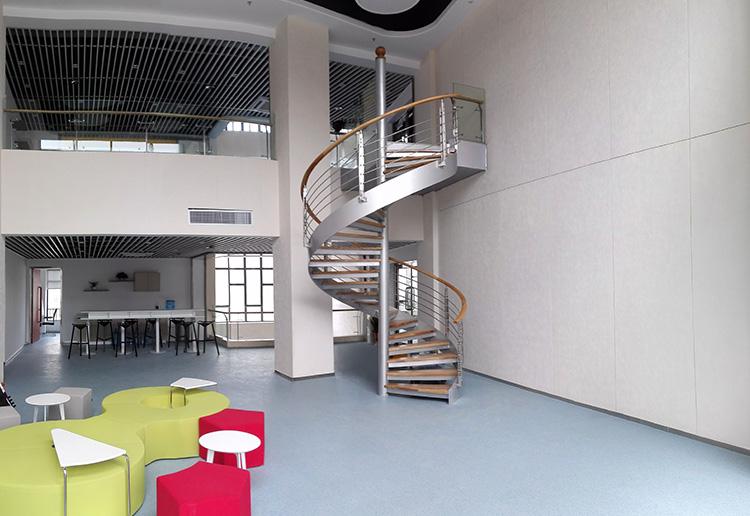 旋转碳钢楼梯