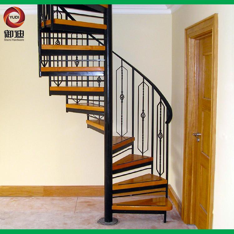 室外圆形楼梯设计图